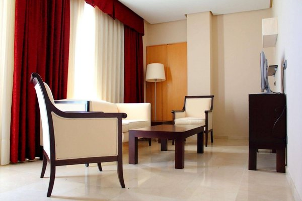 Hotel Puerta de Sahagun - 6