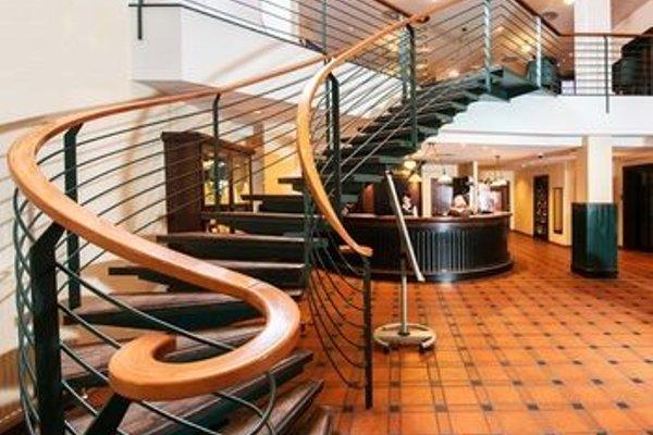 Trans World Hotel Donauwelle - 14