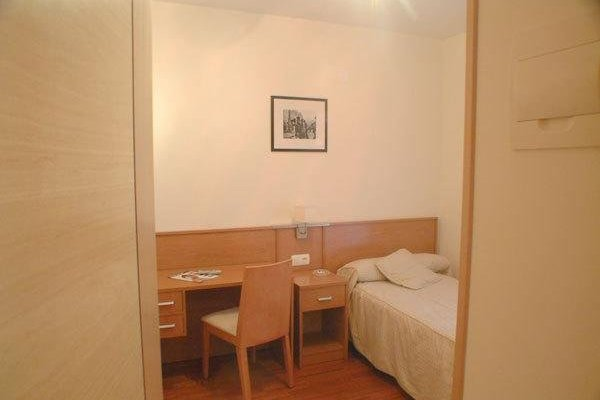 Hostal Tranches - 3