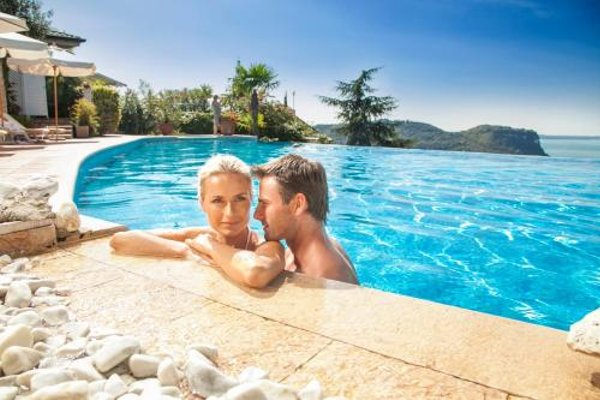 Hotel Madrigale - The Panoramic Resort - 20