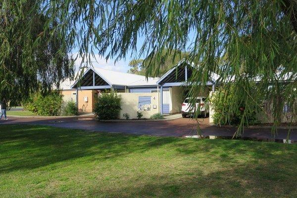 CWA Busselton Holiday Units - фото 36