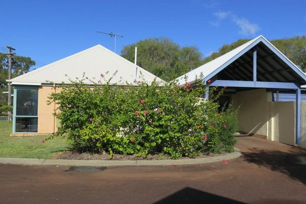 CWA Busselton Holiday Units - фото 11