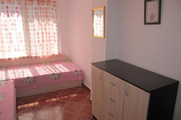Dobrotitsa Apartments - фото 3