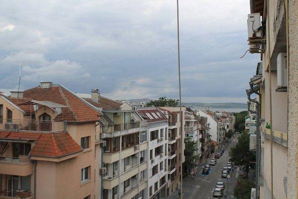 Levski Apartment - фото 4