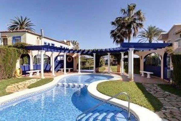 Residencial El Castell Apartment - фото 19