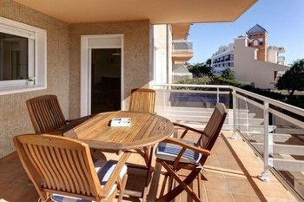 Residencial El Castell Apartment - фото 11