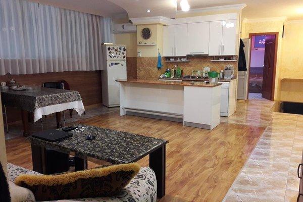 Levan Apartment on Kobaladze 4 - фото 5