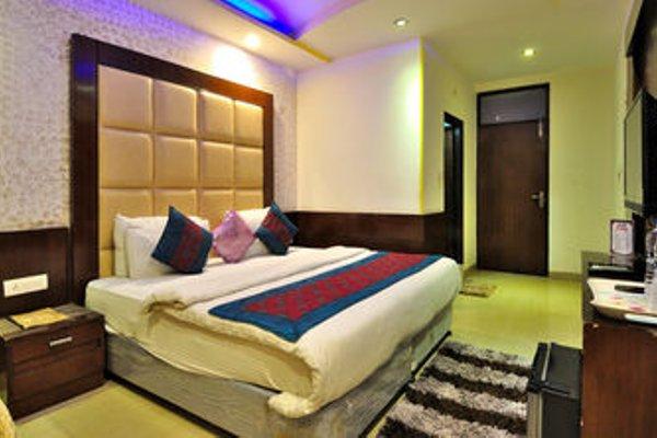 Check In Room Main Bazar - фото 12