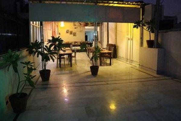 Check In Room Main Bazar - фото 23