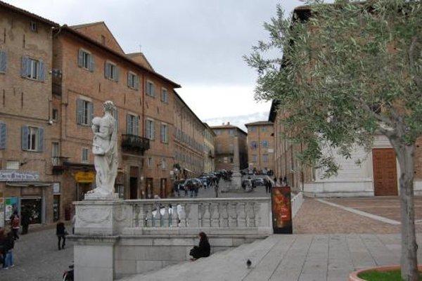 Guest House Domus Urbino - 16