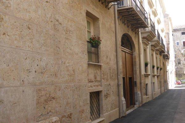 Appartamento in Palazzo Lampedusa - фото 4