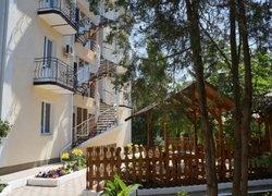 Фото 1 отеля Apelsin Guest House - Саки, Крым