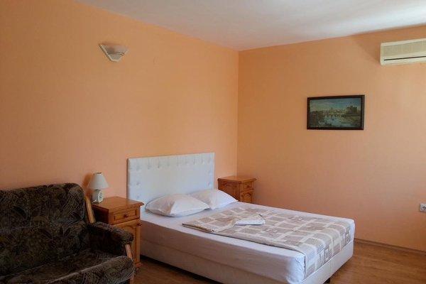 Albatros Hotel - 4