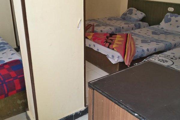 Queen Hostel - фото 8