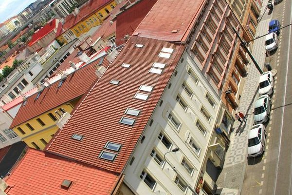 Old Prague Terrace Views - 18