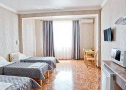 Фото 1 отеля Prohlada Inn Hotel - Коктебель, Крым