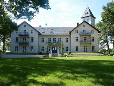 Apartments Appartement Schloss - Hohen Niendorf