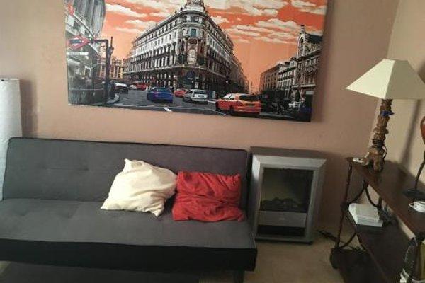 Reina Victoria Apartaments - 9
