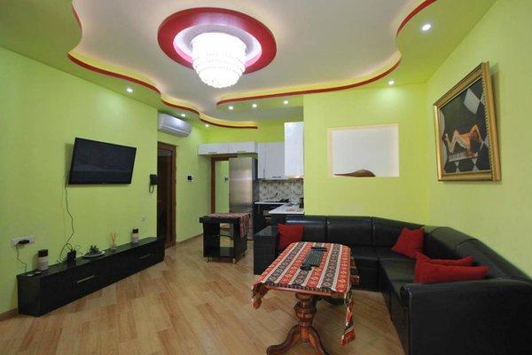 Luxe Proshyan str - 20