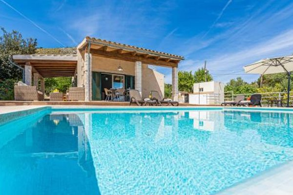 Holiday Home Puerto de Alcudia with Fireplace I - фото 17