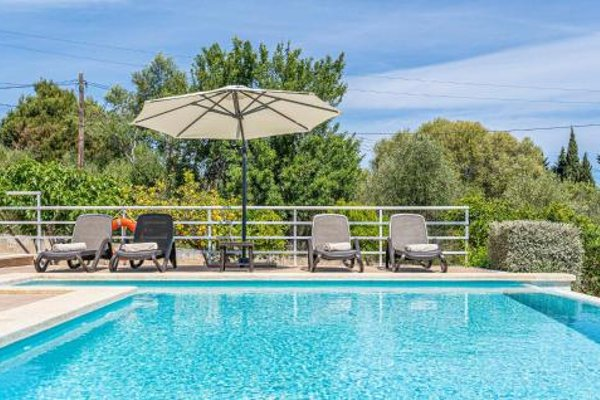 Holiday Home Puerto de Alcudia with Fireplace I - фото 12