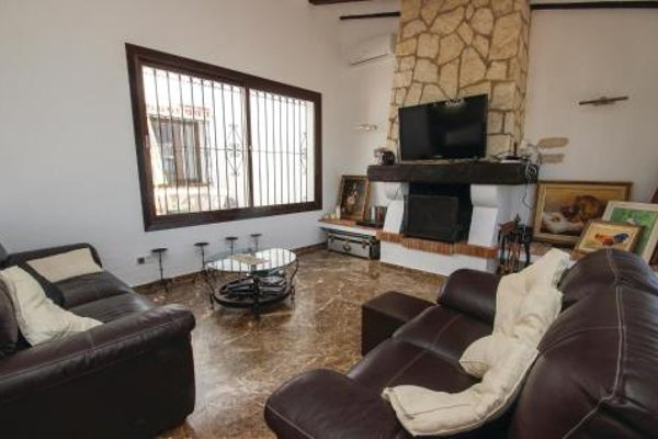 Holiday Home Las Farolas with Fireplace I - фото 14