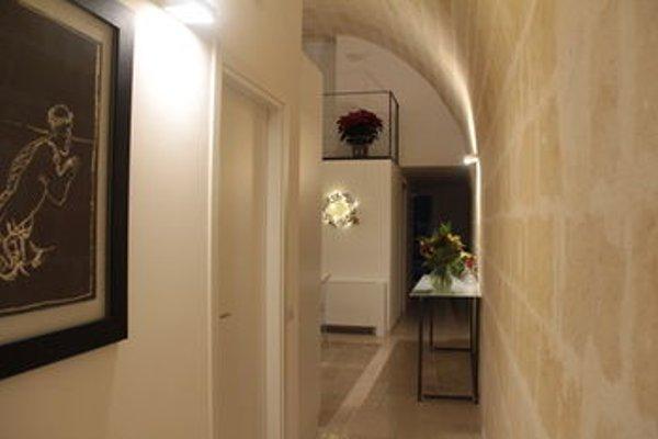 Lamia Room Rentals - фото 16