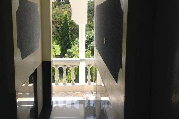 White Rhino Hotel Mombasa - фото 20