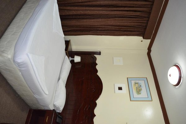 White Sand Hotel - 12
