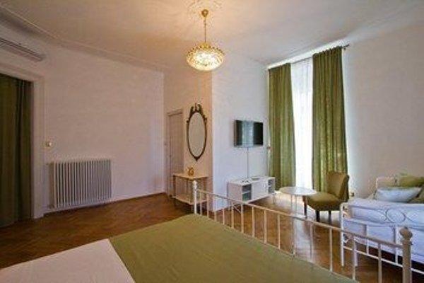 Golden Rooms Bed & Breakfast - фото 30