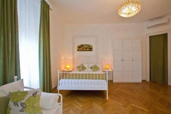 Golden Rooms Bed & Breakfast - фото 7