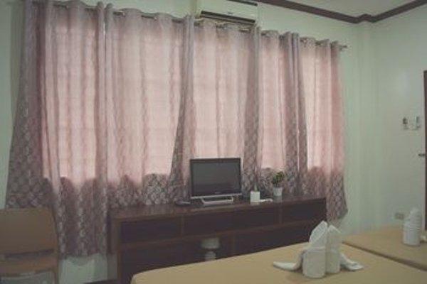 Davao Hub Dormitel Bed & Breakfast - фото 19