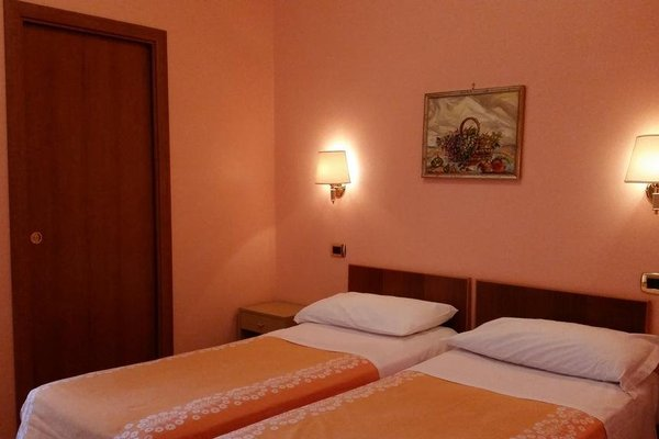 Hotel Ambrosi - фото 3