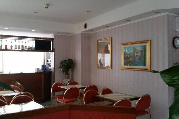 Hotel Ambrosi - фото 9