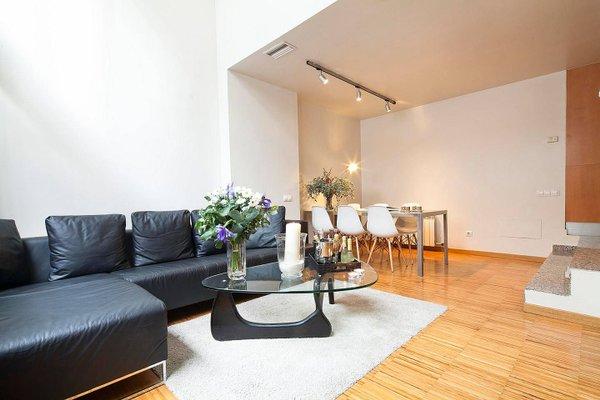 Apartment Barcelona Rentals - Park Guell Apartments - фото 7