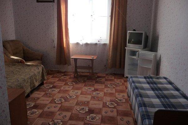 Гостевой дом «Розовый сад» - 8