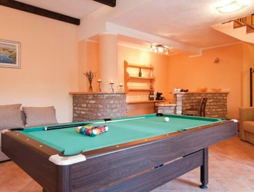 Guesthouse Holiday home Matici Gornji bb IV