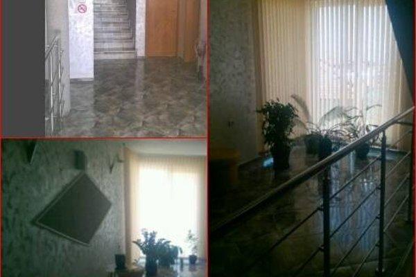 Venis Hotel - фото 11