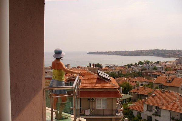 Venis Hotel - фото 14