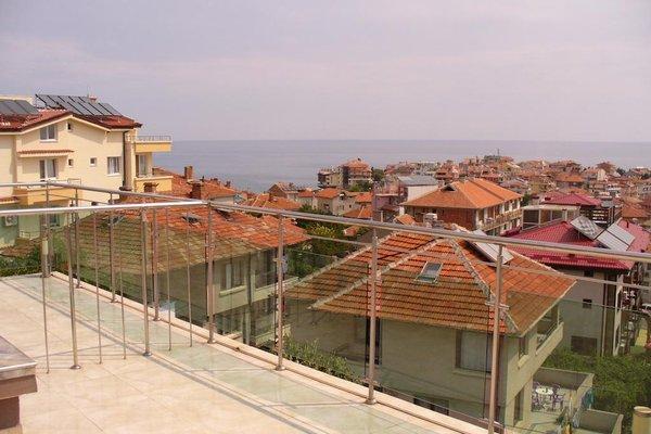 Venis Hotel - фото 22