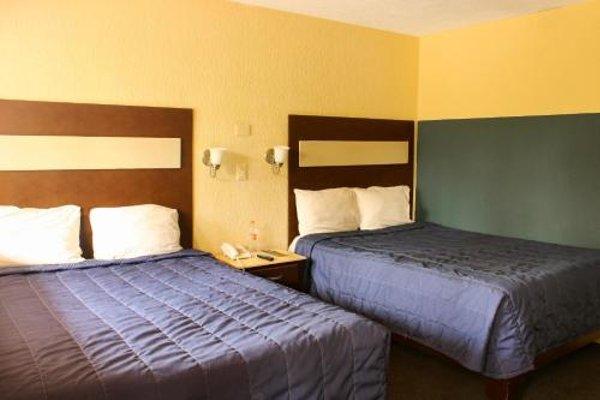 La Fuente Hotel & Suites - фото 3