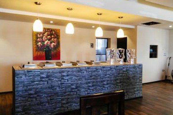 La Fuente Hotel & Suites - фото 9