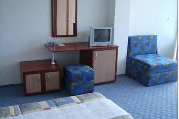 Albatros 2 Family Hotel - фото 6