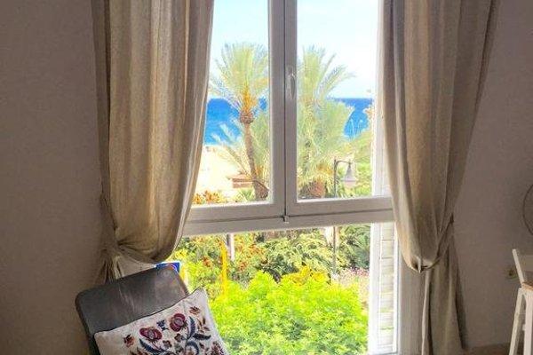 Apartment Front Line Estepona Beach - фото 7