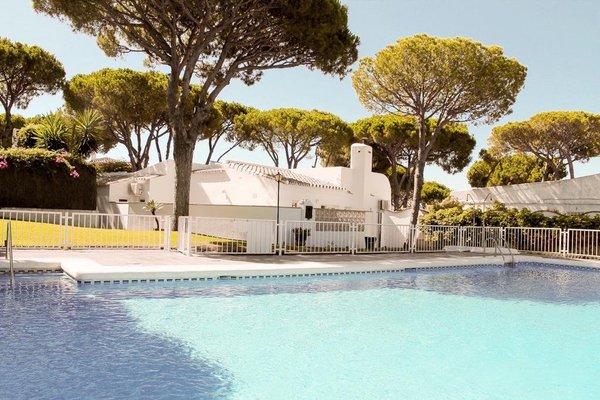 Villa Calahonda - Pinares del Mar - фото 27