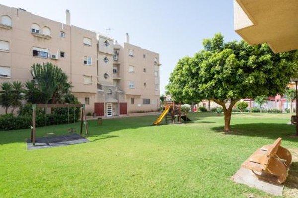 Apartamento Guadalmar Playa - фото 16