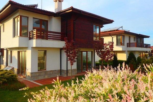 Villas in Complex Trakiyskiy Bryag - фото 15