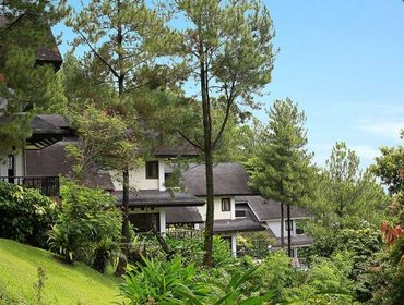 Гестхаус Gunung Geulis Cottages managed by Royal Tulip