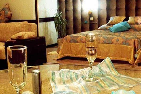 VIP House Apartments 1 on Prospect Nezavisimosti - фото 13