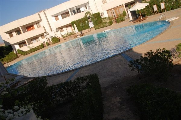 Criss Haya Apartments - 10